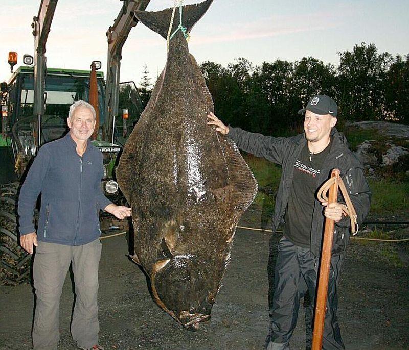 Džeremijs Veids (no kreisās) un Raivo Saknītis ar milzu lomu.