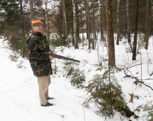 Elmārs Kristapurs ir mednieks ar vairāk nekā piecdesmit gadu pieredzi.