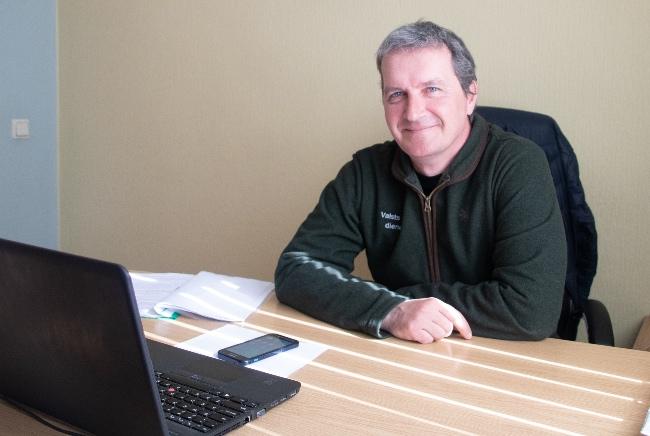 Juris Nagainis ir viens no Valsts meža dienesta vecākajiem medību inspektoriem.